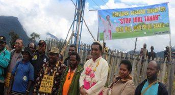 """Gerakan Tungku Api """"Stop Jual Tanah"""" Dideklarasikan oleh Uskup Timika"""
