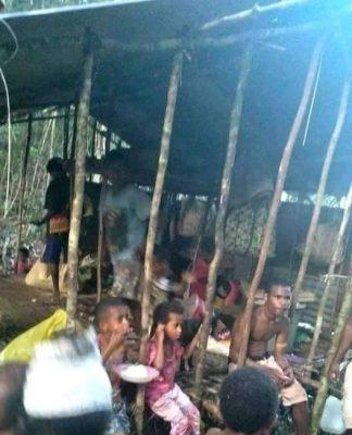 """Pengungsi di Aifat Kabupaten Maybrat Papua Barat. """"Foto . Esk f"""""""
